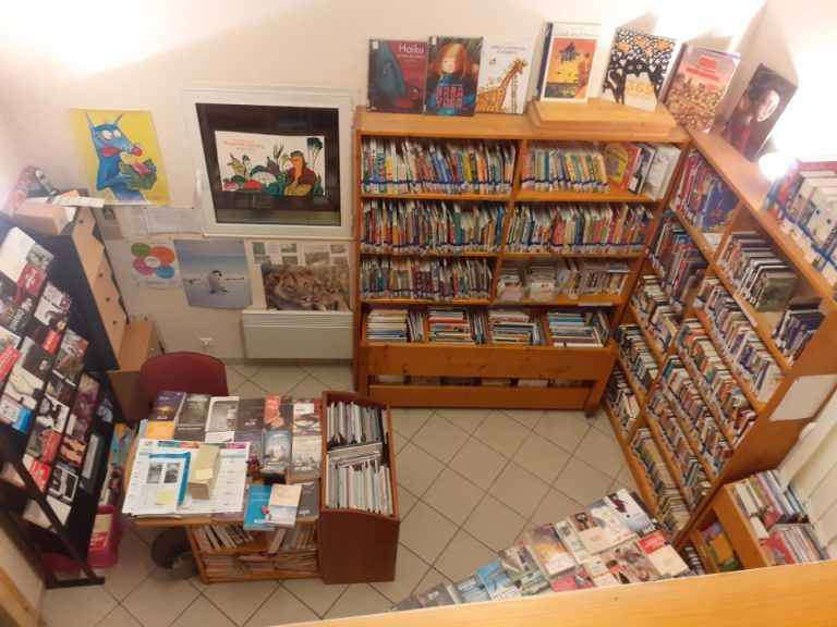 Bibliothèque de Roussennac