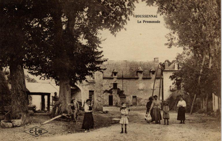 Pargou - portail du village avant